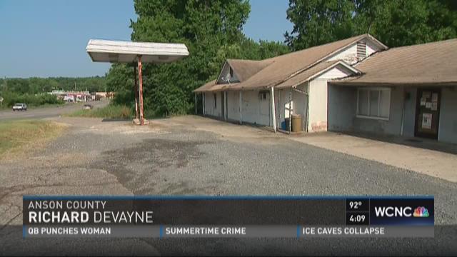 Body found on Hwy 74 in Wadesboro