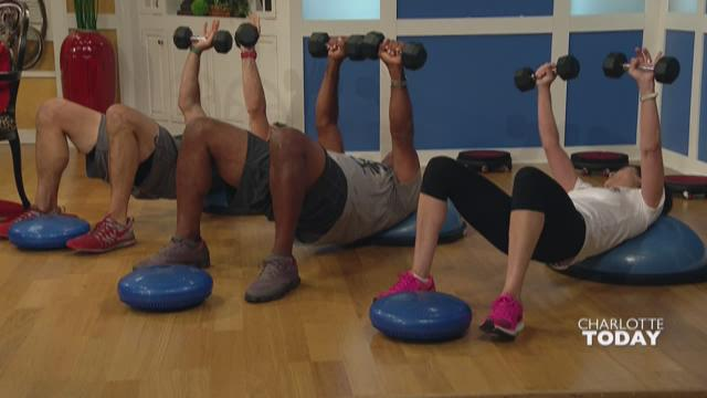 SmartCore Fitness works your core