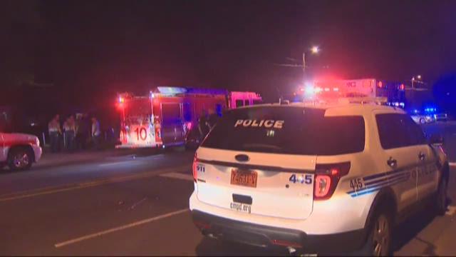 3 people injured in West Boulevard shooting