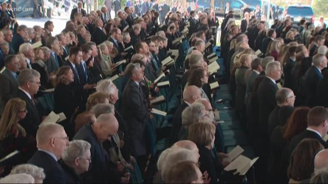 'To God be the Glory': The world says goodbye to Rev. Billy Graham